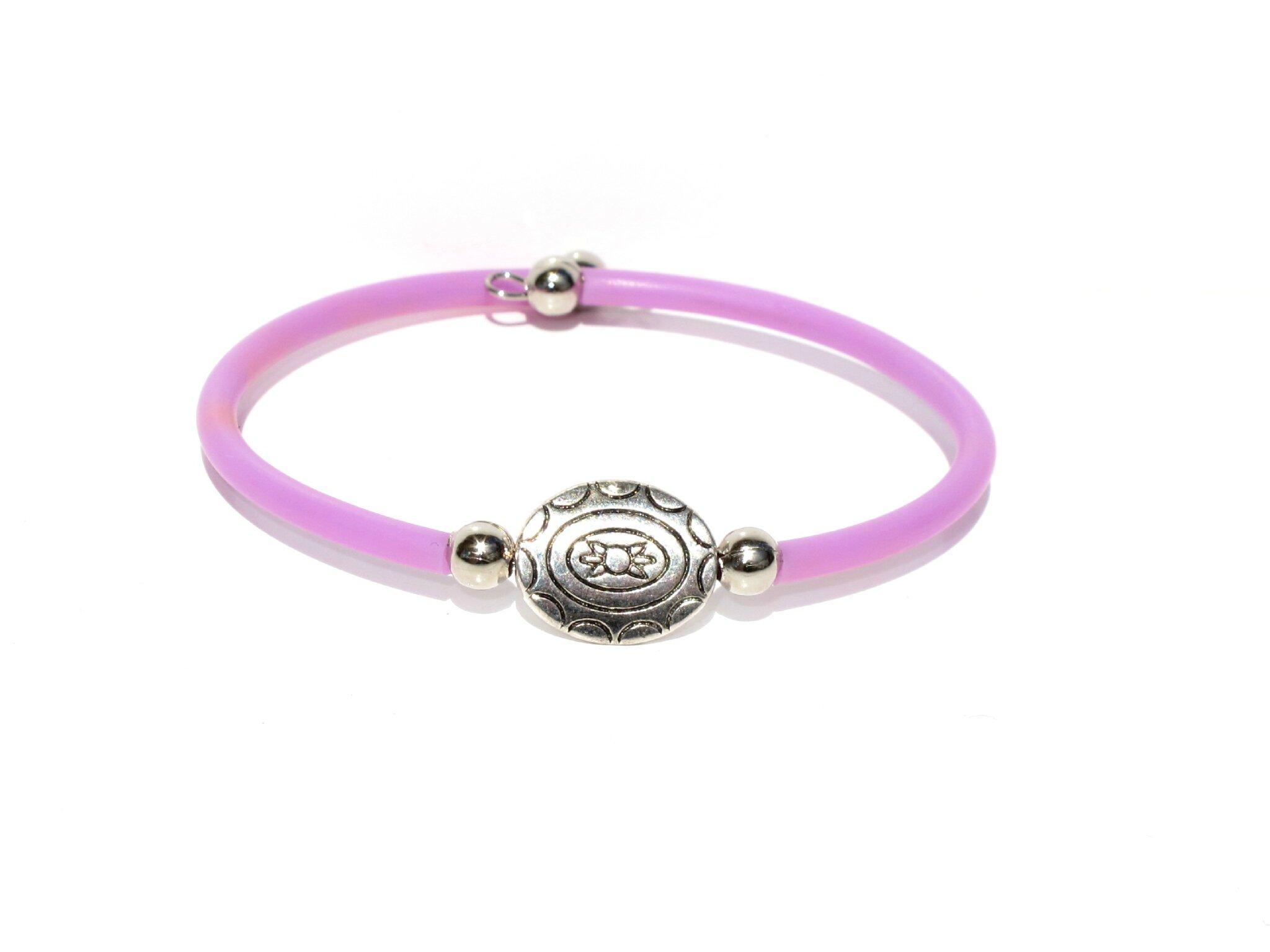 bracelet perle métal ovale gravée violet rose