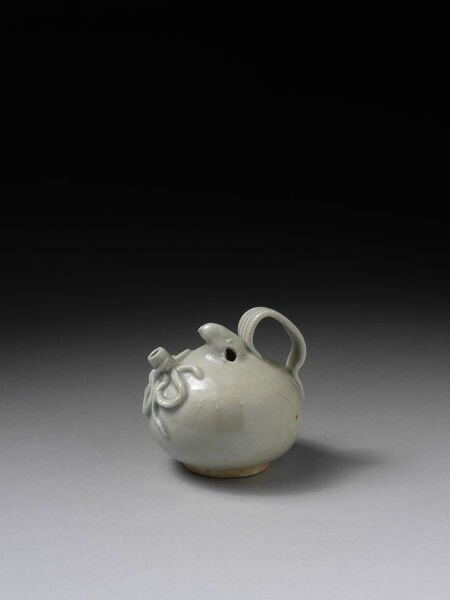 Porcelain water dropper with pale blue glaze, qingbai ware, Jingdezhen kilns, south China, Northern Song dynasty (960-1127)