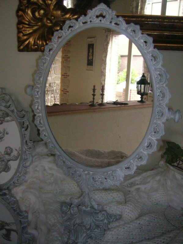 ancien miroir sur pied photo de mes miroirs le. Black Bedroom Furniture Sets. Home Design Ideas