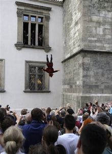 defenestration_volontaire1