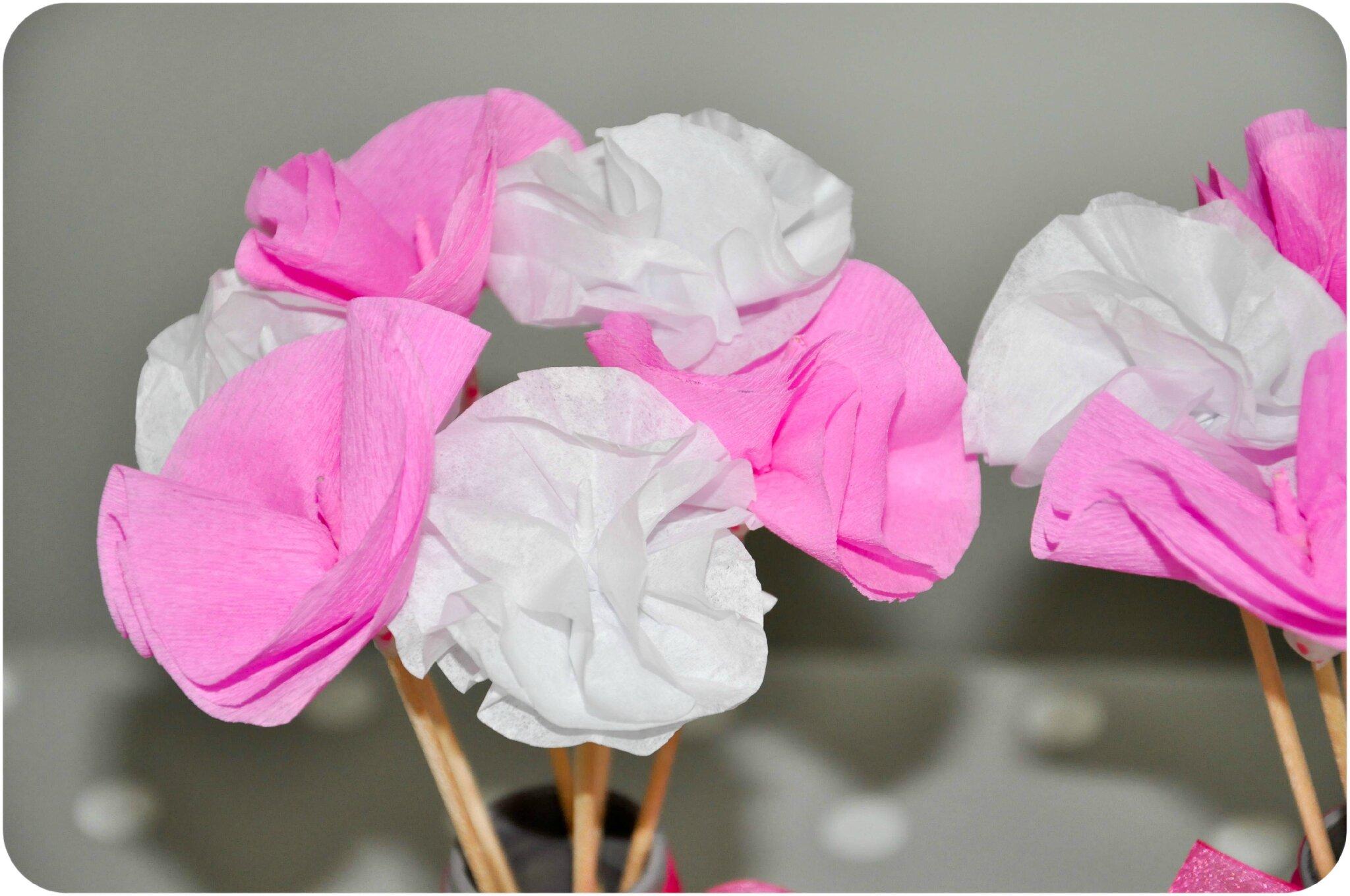 decoration avec papier crepon des fleurs en papier cr pon diy d co