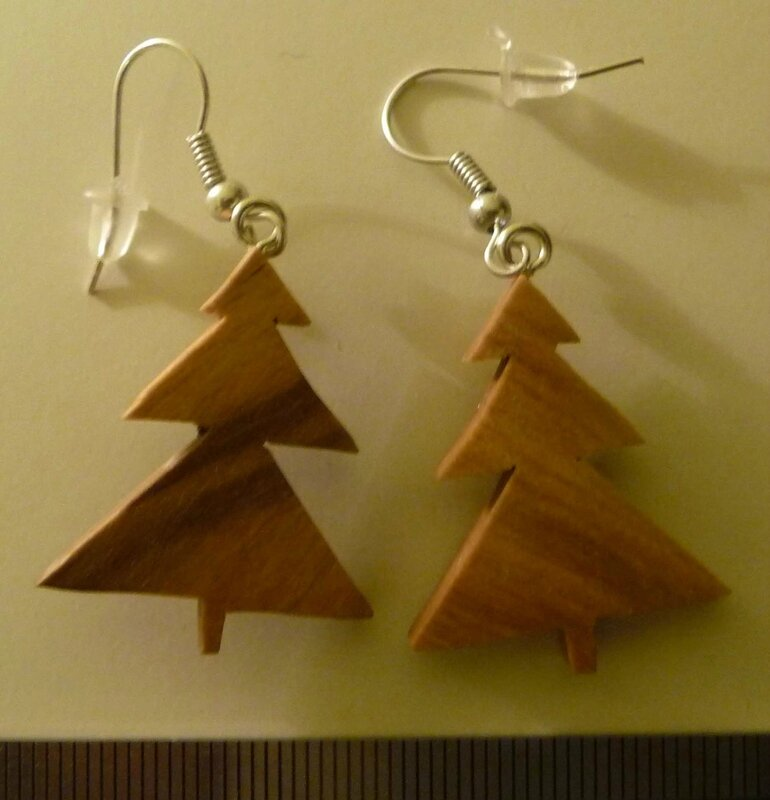 Boucles sapin triangle plein