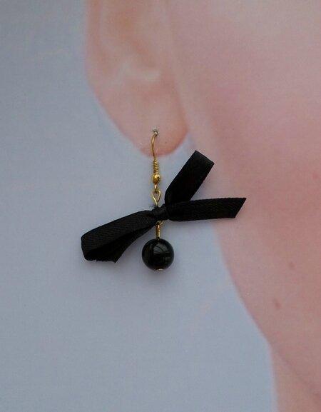 Boucles d'oreilles noeud tissu