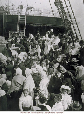 1545_Immigrants_waiting_to_land_in_New_York