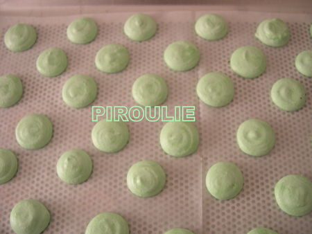 MACARONS_PISTACHES