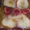 Tarte d'automne (pommes, poires, figues, noisettes)