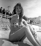 bb_1953_cannes_011_020_1