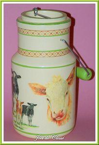 Pot lait 4 22x11,5cm,bois peint et serviettes collées