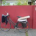 Chiner à vélo.
