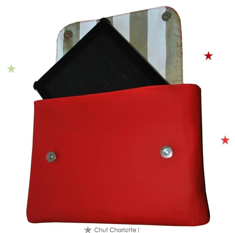 Pochette Ipad rouge Chut Charlotte (2)