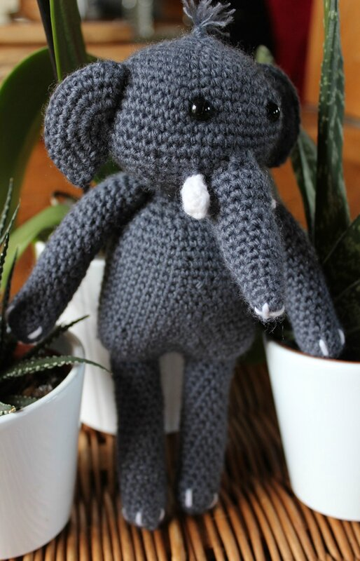 crochetelephantagatherose2