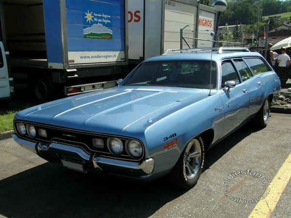plymouth satellite custom wagon 1971 a