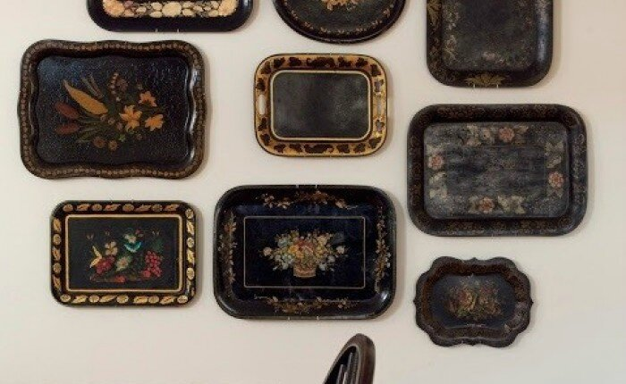 trays-as-decor-black-remodelista-1