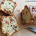 Cake roquefort et fruits secs