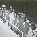 plane arriving
