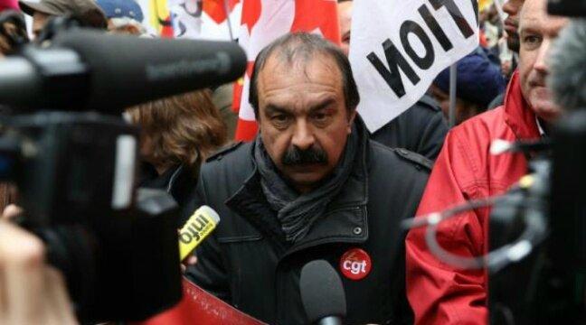 648x360_philippe-martinez-secretaire-general-de-la-cgt-lors-d-une-manifestation-contre-le-projet-de-loi-travail-a-paris-le-19-mai-2016