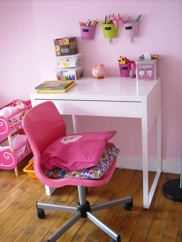 petit bureau chambre chambre enfant blanche 32 exquises. Black Bedroom Furniture Sets. Home Design Ideas