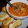 Minestrone maison et garlic bread (Lidl...), un bon petit repas à l'italienne !