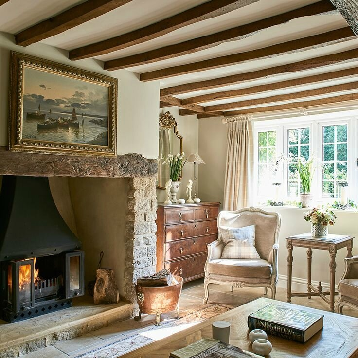 842afea639d66dabc6c84e719415171a--french-cottage-interior-english-cottage-interiors
