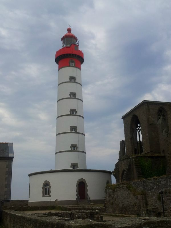 phare pointe saint mathieu