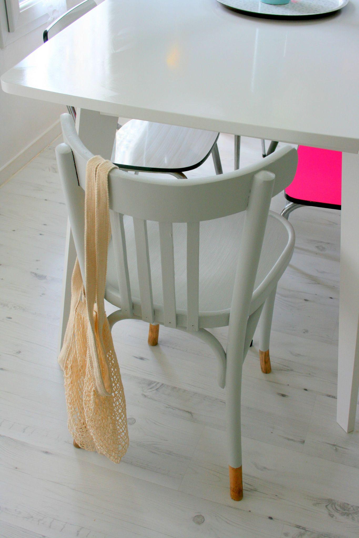 gris lunaire emilie sans chichi. Black Bedroom Furniture Sets. Home Design Ideas