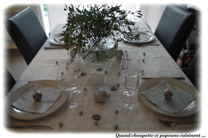 table du jour de l'an-3066