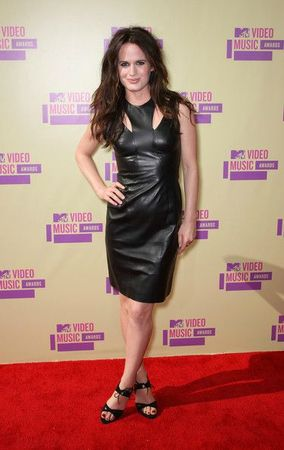 Elizabeth+Reaser+2012+MTV+Video+Music+Awards+5cmpDnjJTV5l