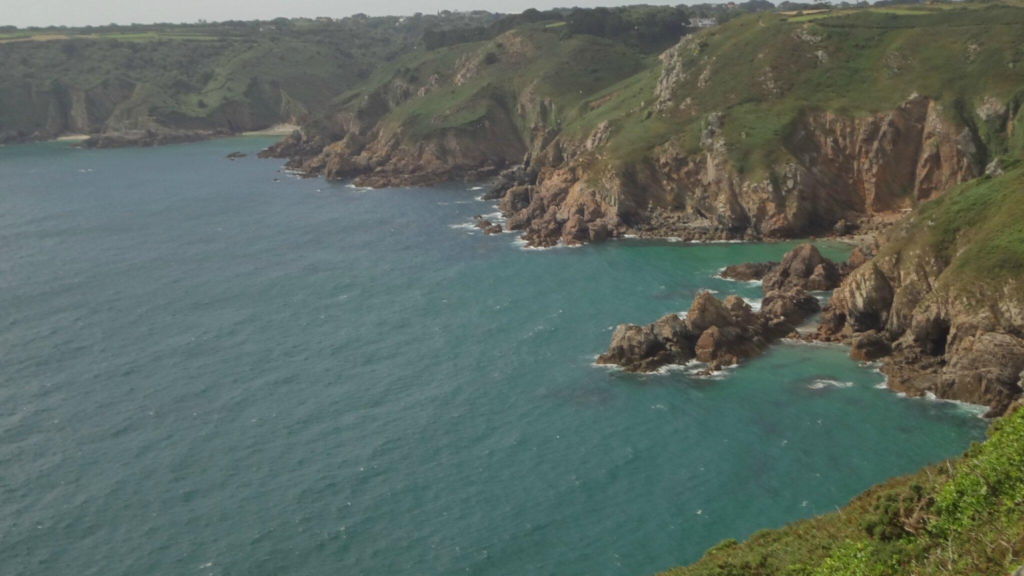 la mer en contre bas de la pointe d'Icart