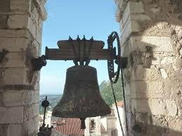 A Saddad les Chrétiens font sonner les cloches pour célébrer la libération de la ville