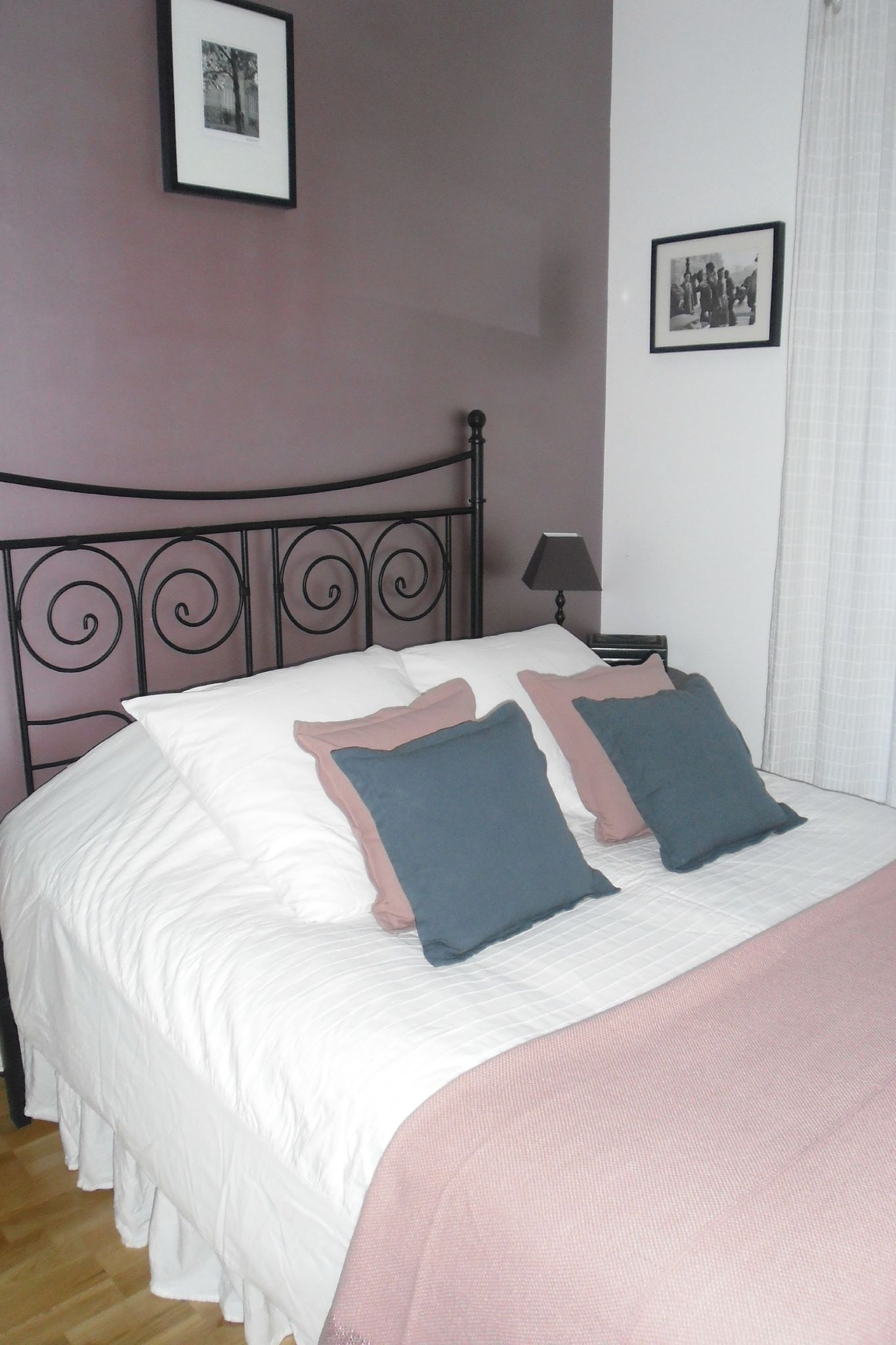 Chambre rose ikea for Astuce rangement chambre fille