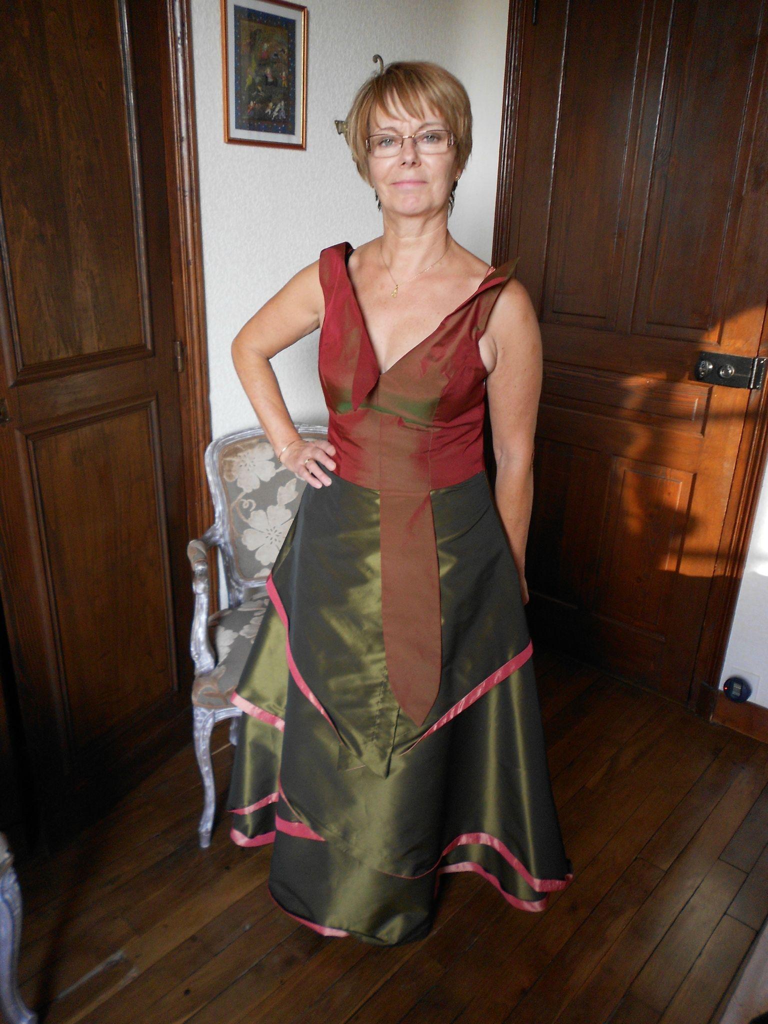 Cette robe je l 39 adore realisee d 39 apres burda en 2008 for Concepteur de robe de mariage russe