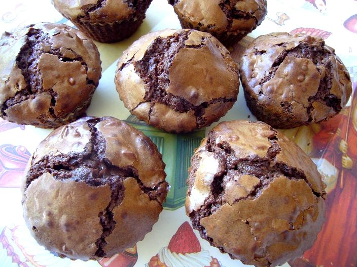 Chocolate walnut muffins