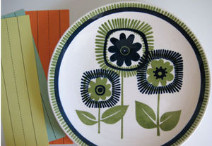 bluegreen_flower_plate_1