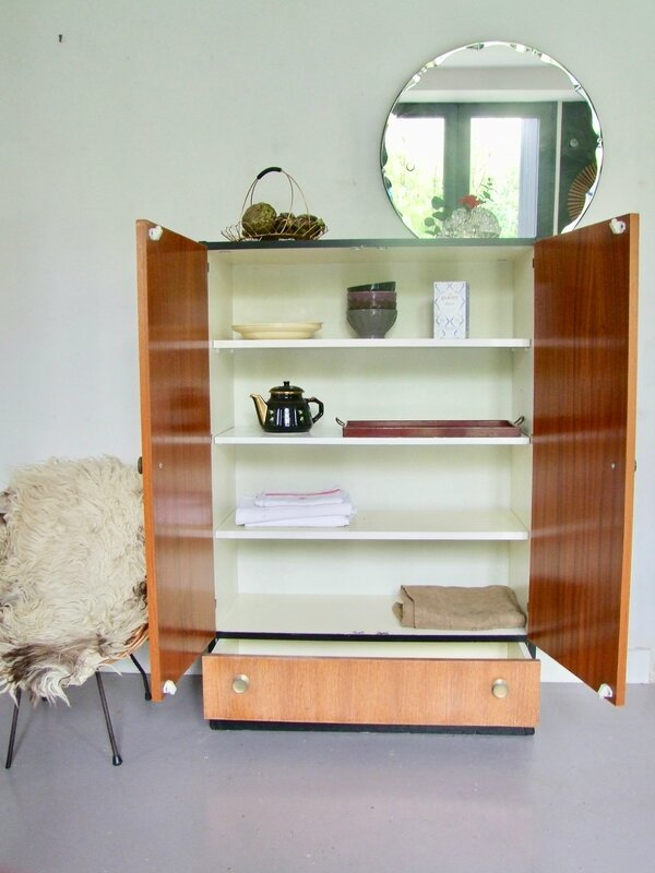 Armoire buffet-vintage