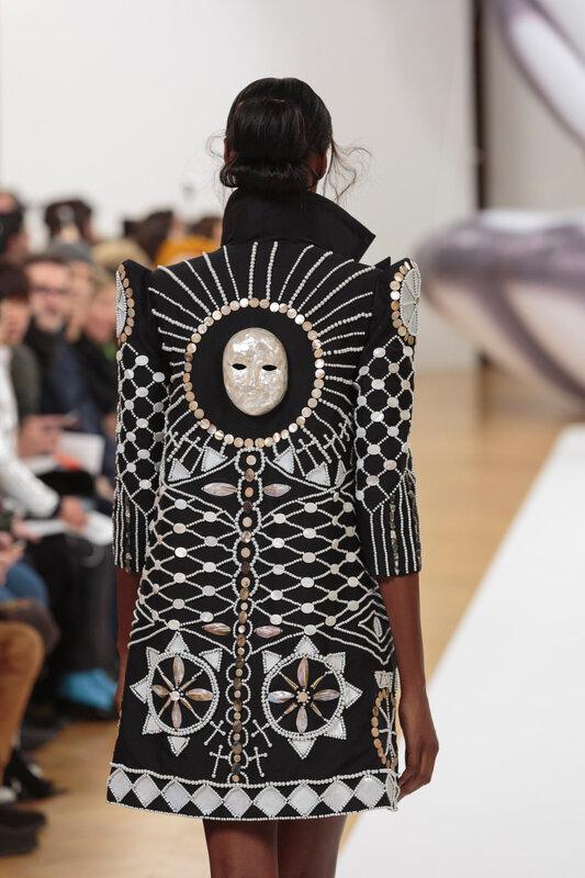 on_aura_tout_vu_runway_couture_spring_summer_2017_Haute_Couture_Week-16