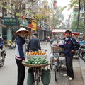 Hanoï, vendeuse ambulante