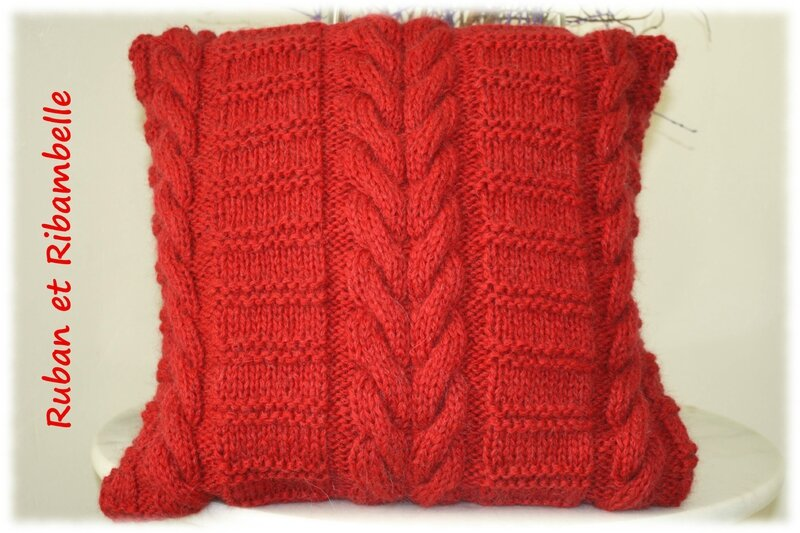 Coussin tricot 1