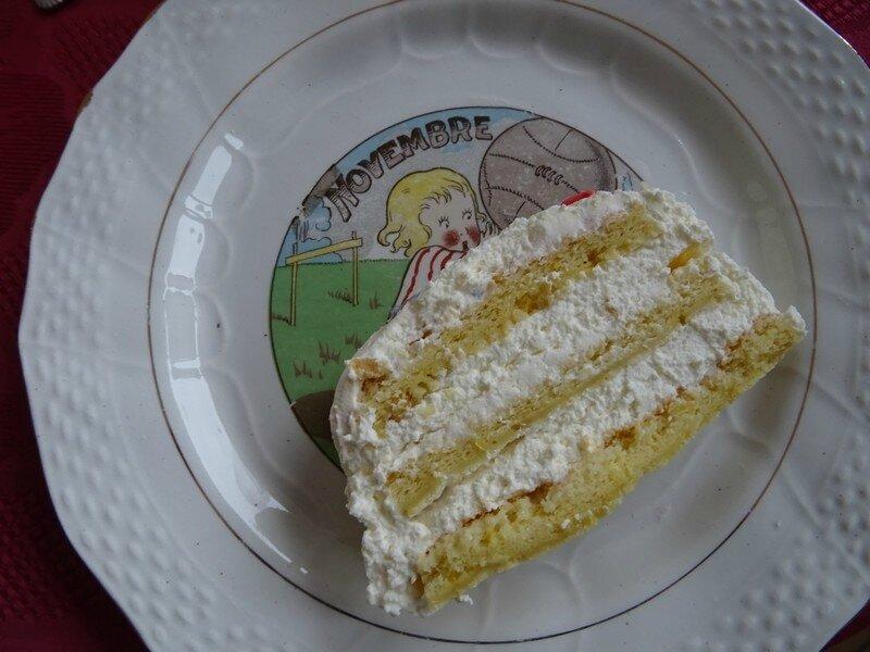 buche-citron-assiette-ancienne