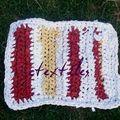 tapis de cuisine en tissus usagés et ti-shirt
