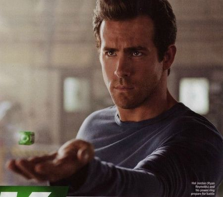 Green-Lantern-movie-image-Ryan-Reynolds-600x531