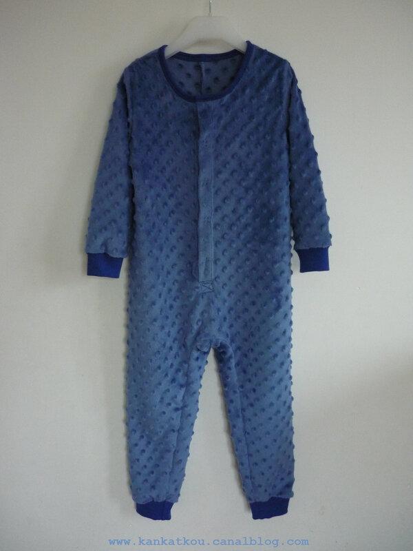 P1360300 combi pyjama