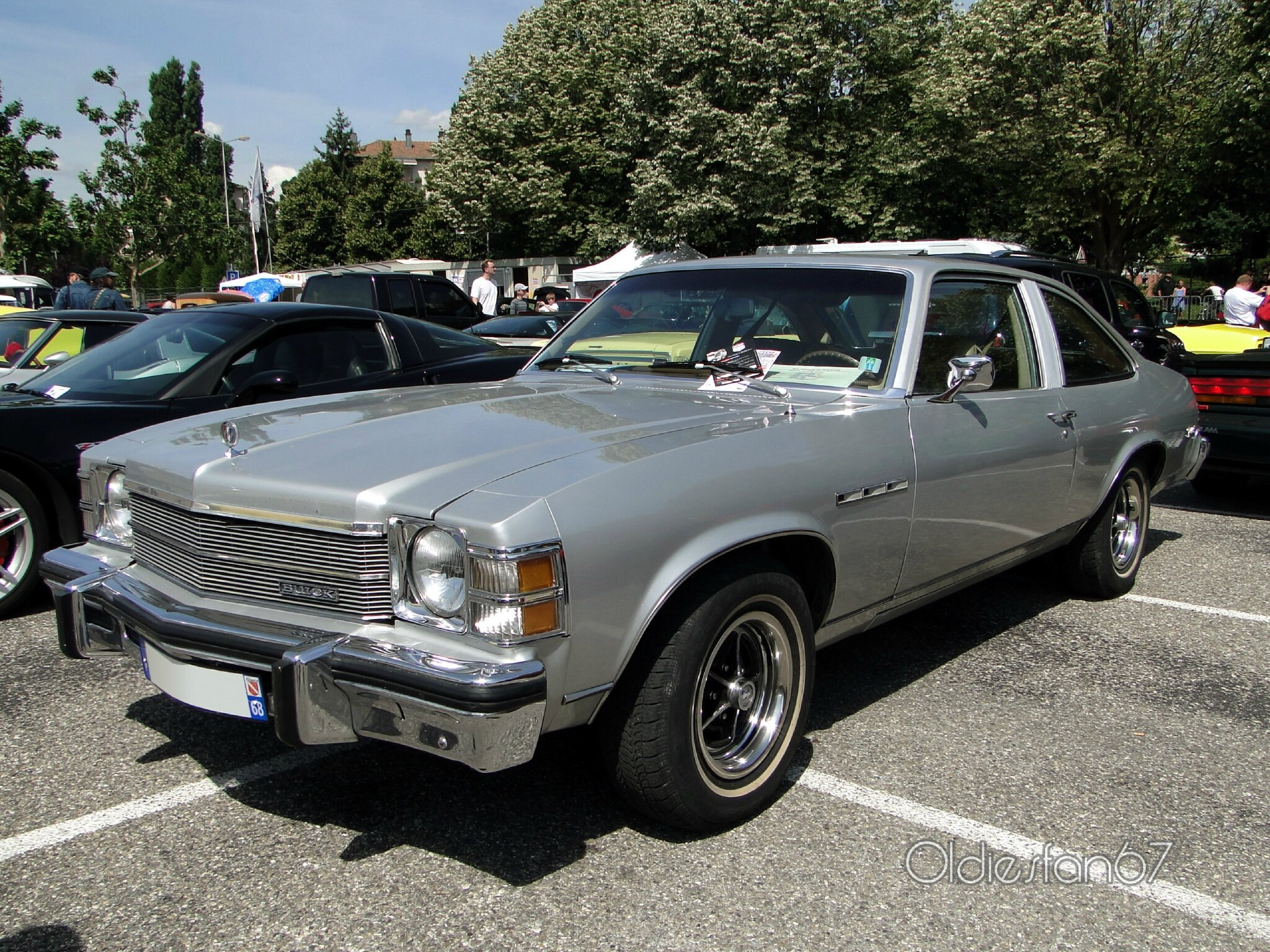 buick skylark sr 3door hatchback coupe 1976 a