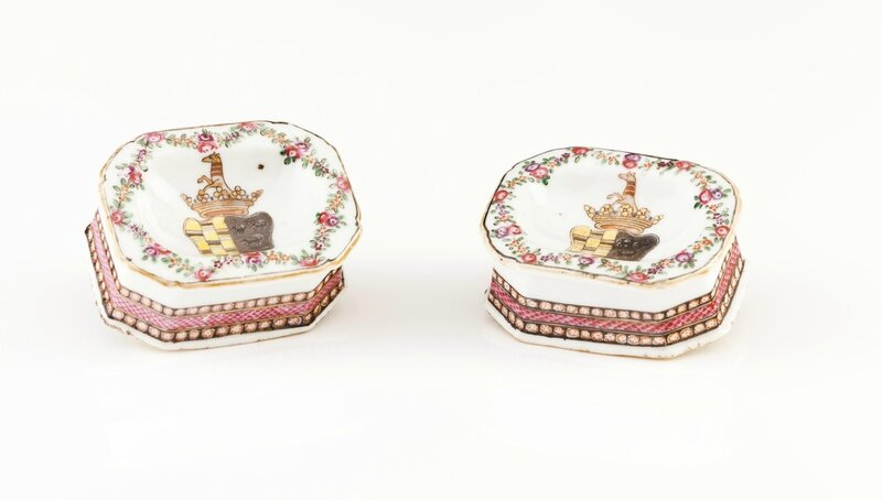 A pair of armorial salt cellars for the Portuguese market, Chinese export porcelain, Qing Dynasty, Qianlong Period, ca. 1770