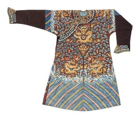 A_chestnut_silk_ground_embroidered_dragon_robe