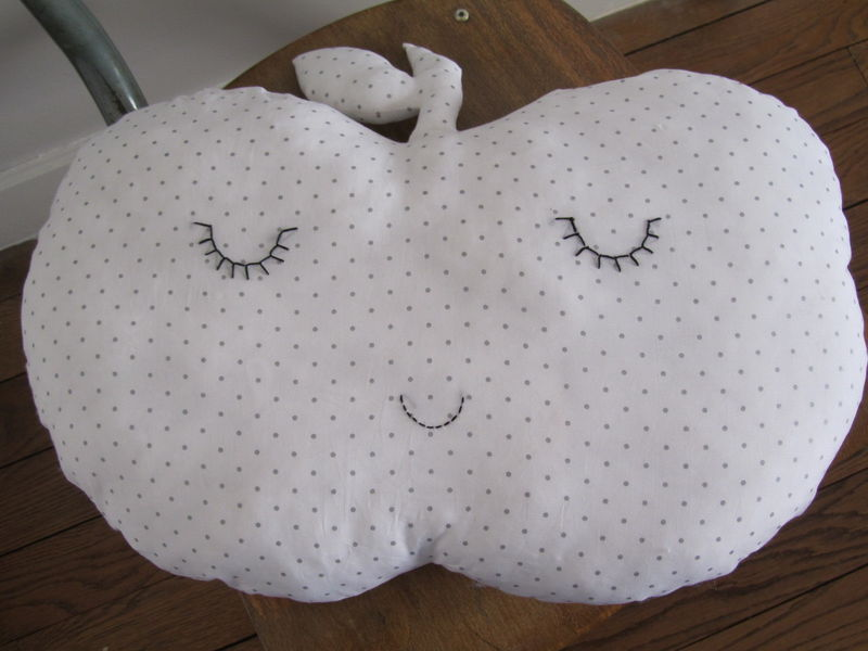 COUSSIN_POMME_ET_NUAGE__4_