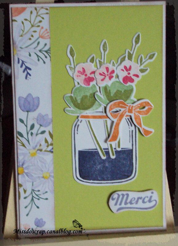 carte vase fond vert
