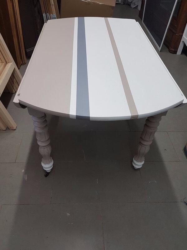 Table ronde relookée 2