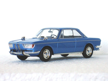 1965_BMW_2000_CS_dp