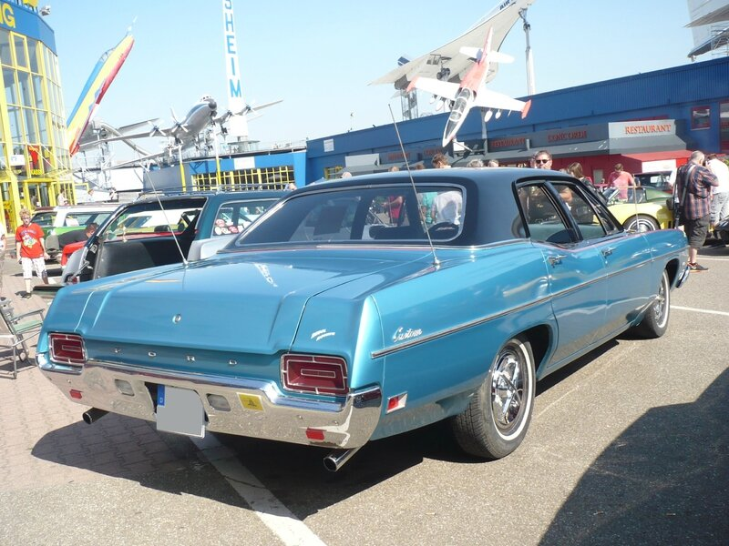 FORD Custom 500 4door Sedan 1970 Sinsheim (2)