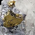 Chalcopyrite on quartz and galena